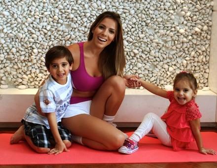 Paola Machado, exemplo de mãe feliz e saudável