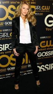 blake-lively-black-suit-gossip-girl-launch-2007-h724